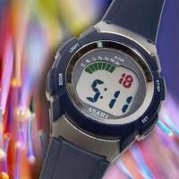 Water-resistant LCD Alarm Watch with Chronograph