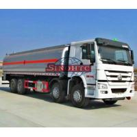 Quality 8 X 4 HOWO Oil Tanker Truck For Loading Fuel / Gasoline 6000 Gallons Volume for sale