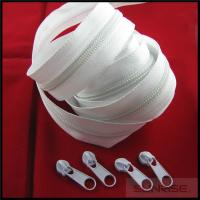 Quality 2015 Ykk #7 white long chain nylon zipper roll with non lock slider  for wholesale for sale