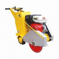 Quality Concrete Saw with 13hp Engine Power, 450 to 500mm Diameter and 3 to 4mm Blade Thickness for sale