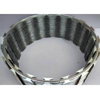 China Poland 900mm Coil Thermal BTO-22 Concertina Razor Barbed Wire 0.5mm Thickness on sale