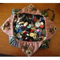 Quality paper clothing button bag for sale