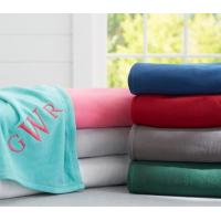 Solid Color Coral Colored Throw Blanket For Sofa / Bed Anti - Pilling Comfortable