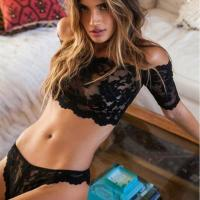 Buy cheap Sexy Lingerie Wholesale Sexy lingerie hot black lace perspective bra+ thongs from wholesalers