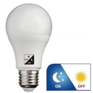 Quality WW 806lm Dawn To Dusk Outdoor Light Bulbs , A60 E27 LED Dusk To Dawn Bulb for sale