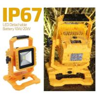 Quality IP67 10W New Arrival Transformer LED Portable Flood Light for sale