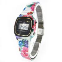 China Trendy Girls Quartz Childrens Digital Watches Lithium Battery LCD Digital Watch on sale