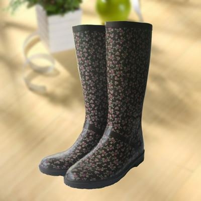 Buy Elegant flowers printing rubber rain boot, woman knee boot at wholesale prices