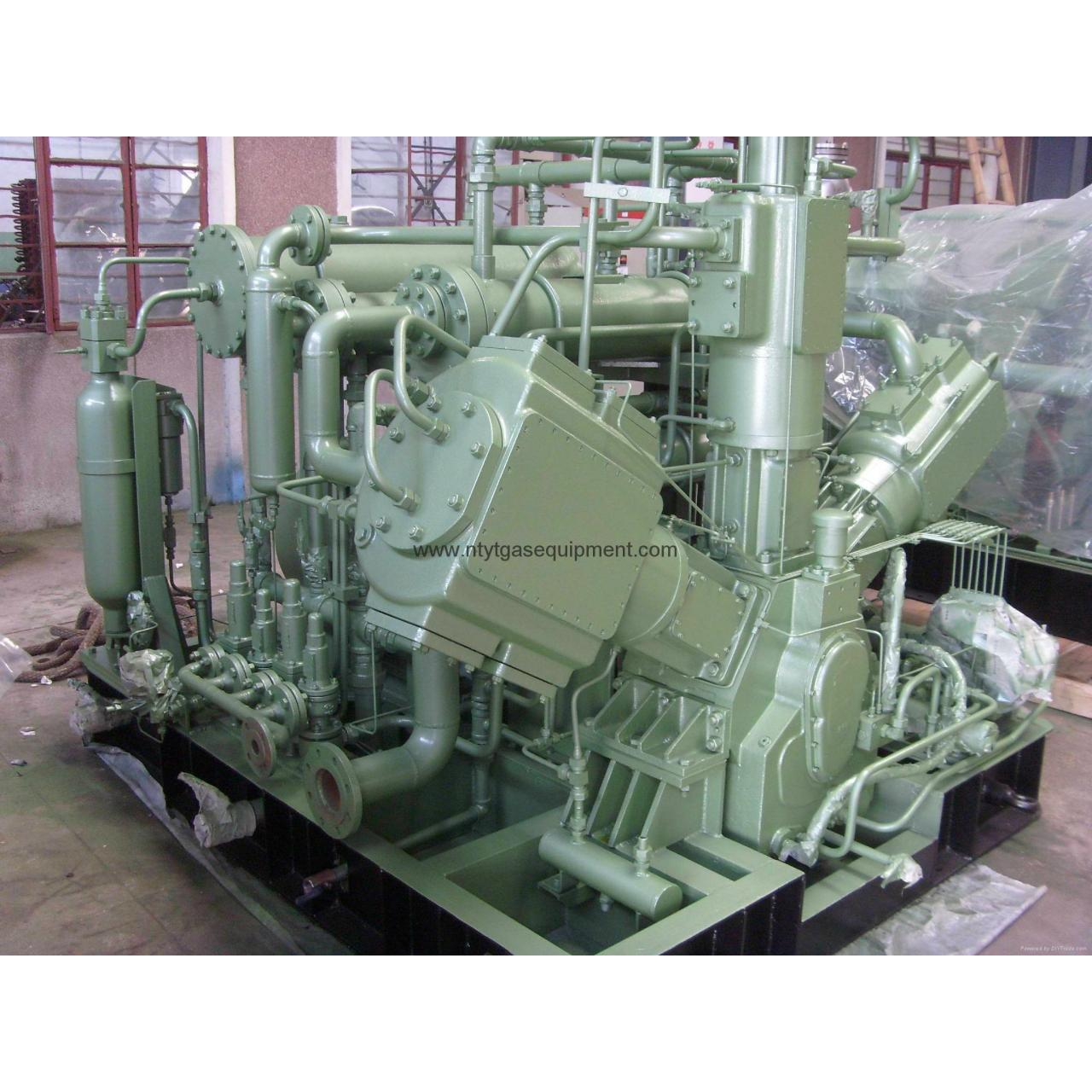 Quality CE Certified CNG compressor For Standard Refueling Station for sale