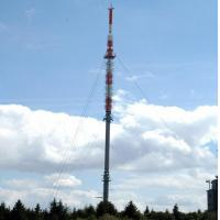 Guyed tower mast (antenna support)