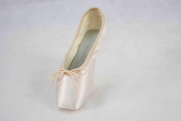 Buy Light Industrial Products pointeballetshoe 2231524216 at wholesale prices