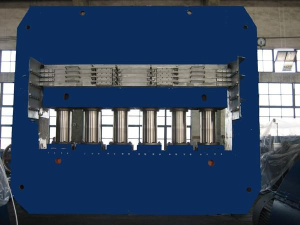 Buy Rubber vulcanizing press Tire tread vulcanizing press at wholesale prices